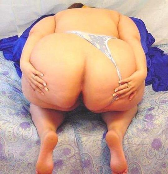 Foto de Diamond tiene un trasero enorme y jugoso para complacer a cualquiera