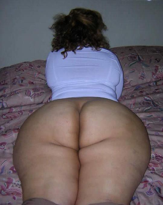 Nalgona de falda a cuadros medias largas - 3 part 10
