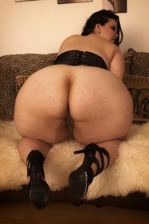 Foto de Gorda culo bien ancho en corset