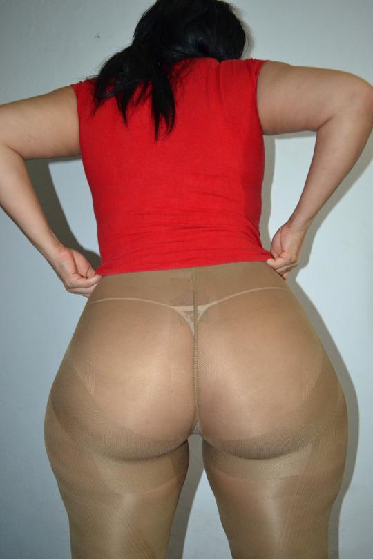 Massive booty bbw big mama in jeans 2 10
