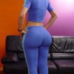 Rubia nalgona en leggins deportivo