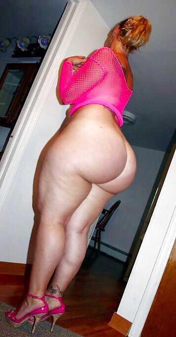 naked women big bottoms