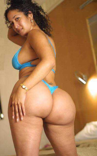 The divine round ass of my mistress carla 6