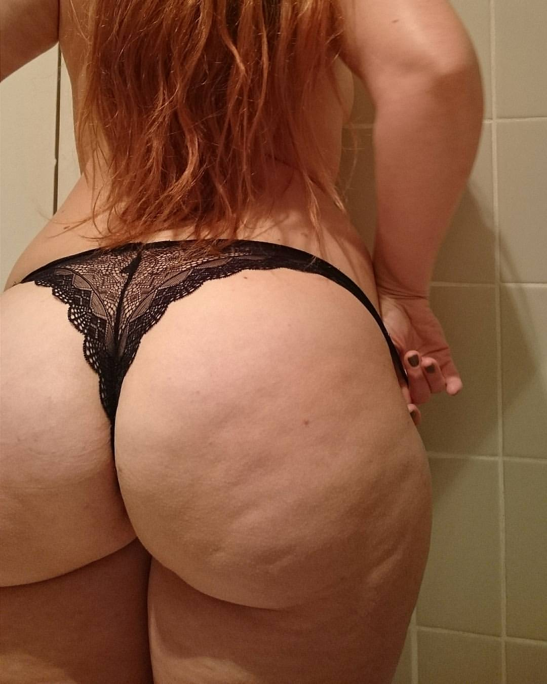 Bubble butt big round ass blond gets fucked and cum on ass 2