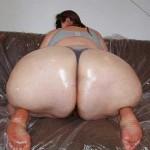 Gorda de culo masivo en tanga