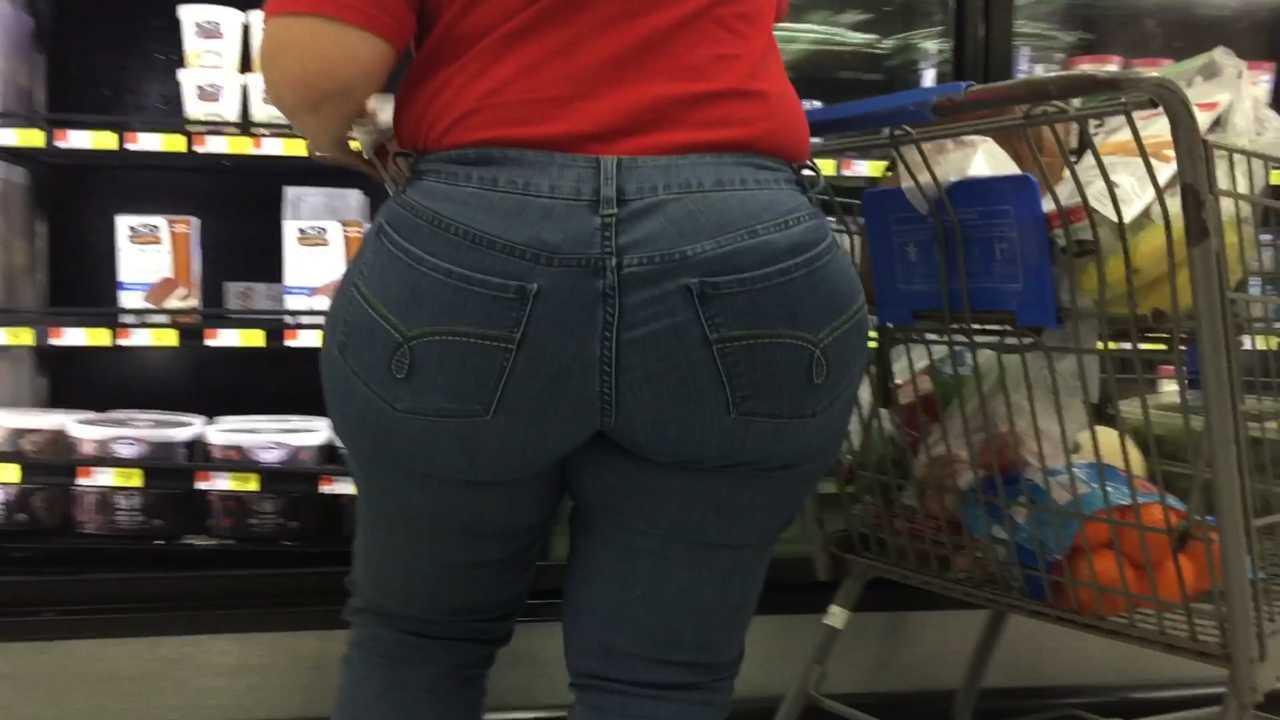 Mega culona en jeans azules - 1 2